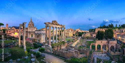 Fotobehang Historisch geb. Panorama of Roman Forum at dusk, Rome, Italy