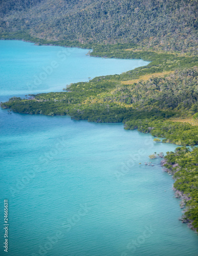 Foto op Aluminium Oceanië Beautiful coastline of Queensland with forest, aerial view