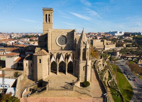 Fotobehang Historisch geb. Above view Collegiate Basilica of Santa Maria in Manresa, Spain