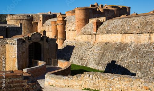 Fotobehang Historisch geb. Entrance of Fort de Salses