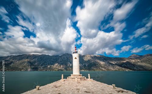 Foto auf AluDibond Leuchtturm Lighthouse on island in Kotor Bay