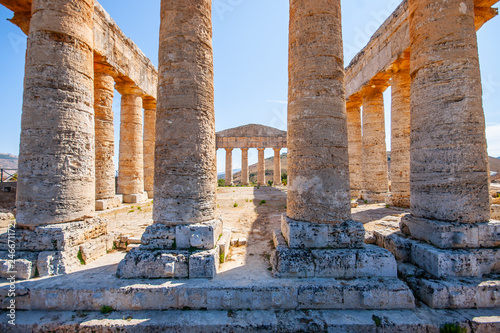 Fotografie, Tablou Ruins of ancient Greek Doric temple located on the top of Monte Bàrbaro
