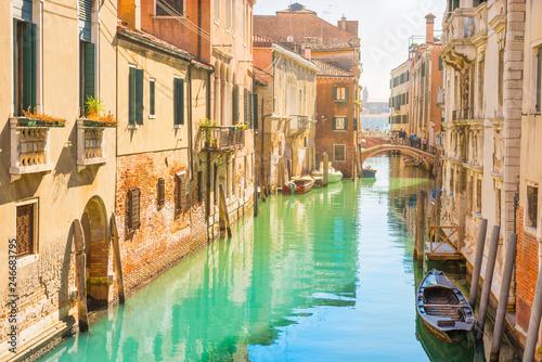 Foto op Plexiglas Venetie Venice street with canal
