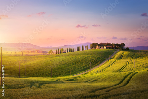 Foto  beautiful sunset in Tuscany; Italy landscape