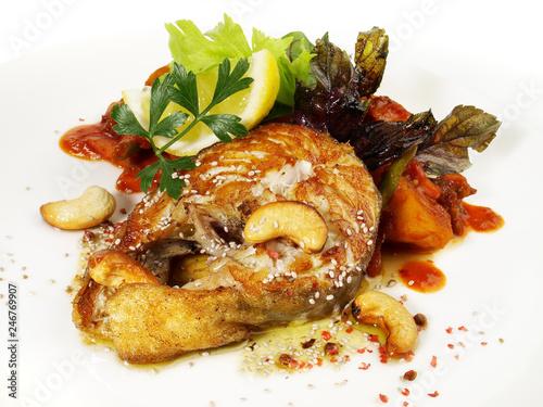 Kabejau Steak mit Chiasamen und Cashew - Omega 3