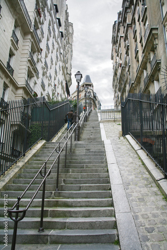 Fotobehang Centraal Europa Stairs on Montmartre Paris