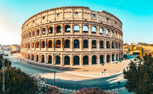 Fotografie, Obraz  The ancient Colosseum in Rome at sunset