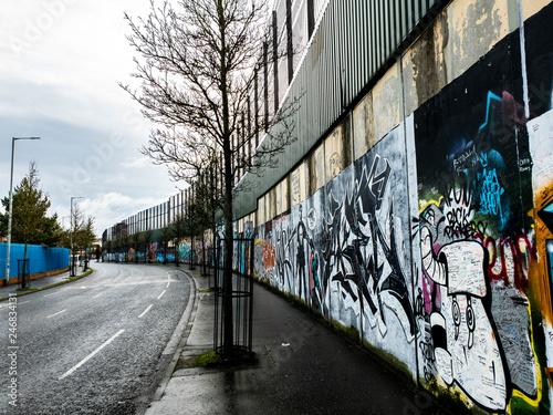 Foto  Peace wall in Belfast