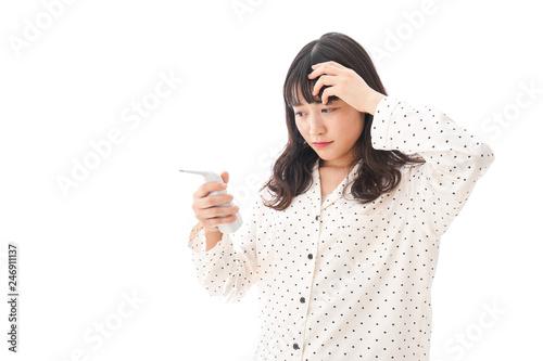 Photo  風邪をひいた若い女性・インフルエンザイメージ