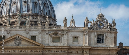 Stampa su Tela panoramic front view on Dome of St