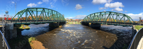 Valokuva  Panorama of twin bridges in Westfield, Massachusetts
