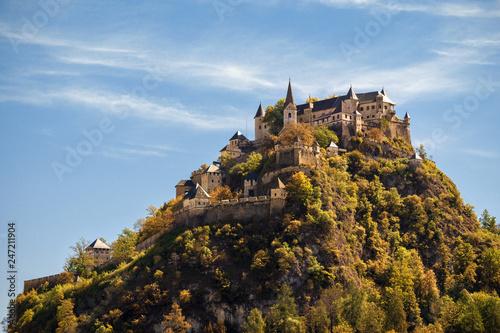 Fotobehang Historisch geb. Burg Hochosterwitz, Kärnten, Österreich