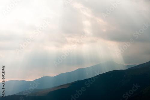 Cuadros en Lienzo  Beautiful romanian mountain landscape