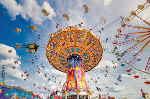 Spoed Foto op Canvas Carnaval Spaß im Karussell