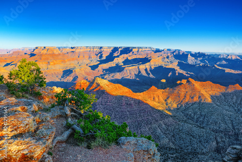 Spoed Foto op Canvas Verenigde Staten Amazing natural geological formation - Grand Canyon in Arizona, Southern Rim.