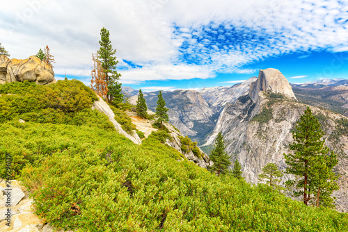 Deurstickers Verenigde Staten Magnificent national American natural park - Yosemite.