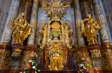 Main Shrine Of Church Of Our Lady Victorious And St. Anthony Of Padua - Statue Of Infant Jesus Of Prague, Prague, Czech Republic