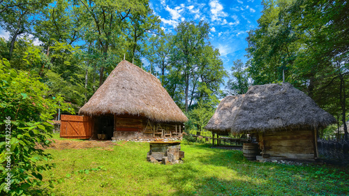 Staande foto Historisch geb. View of traditional romanian peasant houses in Transylvania, Romania.