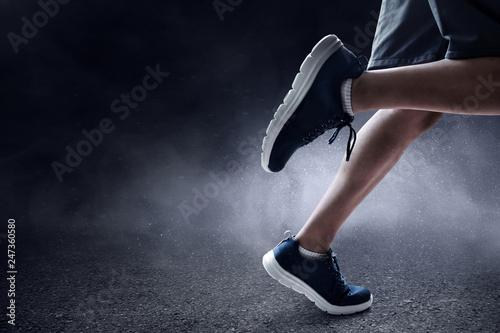 Fotografia  Man running outdoor
