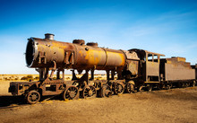 Old Rusty Steam Locomotives Ne...