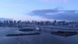 タイムラプス - 東京の夕方の都市風景 ズームアウト