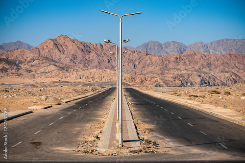Fototapety, obrazy: Asphalt road through the incredible mountains of the Sinai Peninsula
