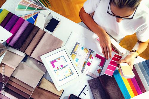 Architect, interior designer, looking at samples Tapéta, Fotótapéta
