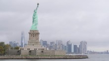 4k View Of Statue Of Liberty A...