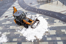 Snow Removal From The City Str...