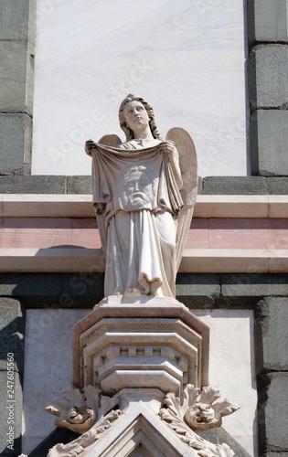 Fotografie, Obraz  Angel with Veil of Veronica, Basilica di Santa Croce (Basilica of the Holy Cross