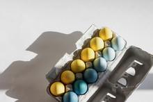 Fresh Range Eggs Assorted Colors In Carton