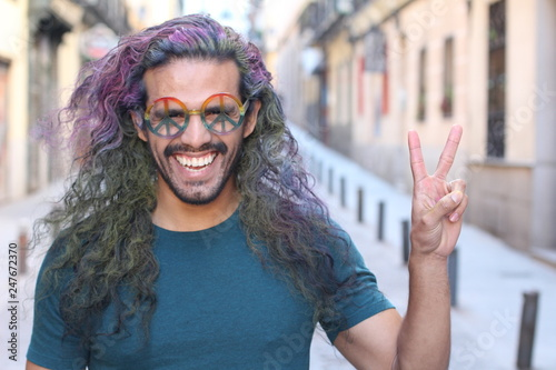 Cheerful hippie with a fun look Fototapet