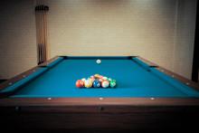 Billiards Pool Table Retro Vin...