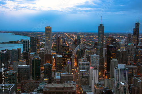 Foto op Canvas Seoel Chicago skyline aerial view at dusk, United States