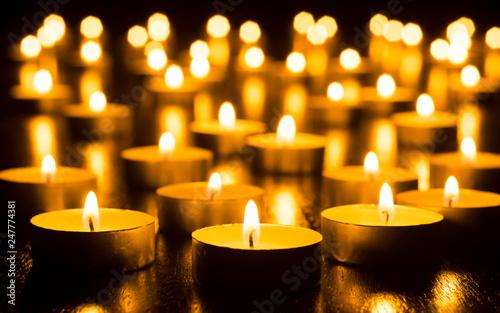 Fotografia Candles on Dark Background for Thanksgiving, Valentines Day, Happy Birthday, Mem