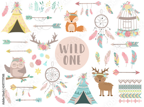Deurstickers Boho Stijl Ð¡ollection of hand-drawn boho style icons. The image of animals, arrows, feathers, flowers, wigwam, dreamcatcher. Vector by national american motifs for baby, cards, flyers, posters, prints, holiday