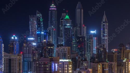 Photo Stands Shanghai Fantastic rooftop skyline of Dubai marina timelapse.