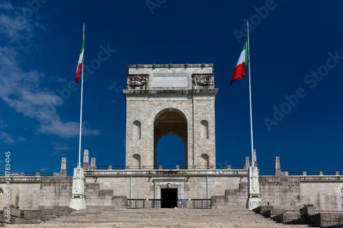 Asiago, Venezien, Italien, Gedenkstaette zur Erinnerung an den Dolomitenkrieg 19 Canvas Print