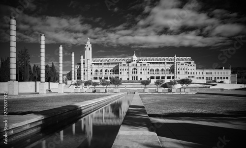 Fotografia, Obraz  Black and white infrared photo,Spain, Barcelona, Plaza Europe