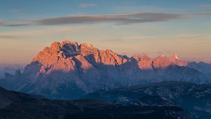 Monte Cristallato all'alba, Enrosadira, Dolomiti