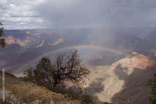 Photo Stands Eggplant Rainbow Over the Grand Canyon