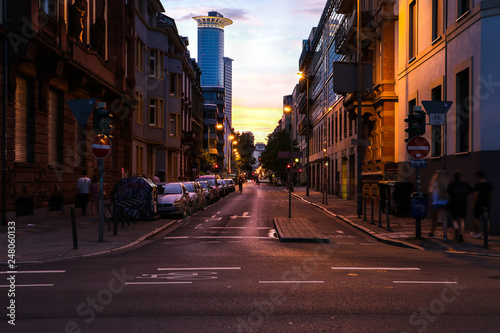 Photo Stands New York Empty streets in the evening from the Frankfurt, Germany.