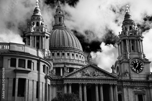 St Paul's Cathedral London (London 310) Wallpaper Mural