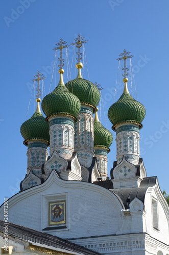 Fotografie, Obraz  Domes of the parish Church of the Assumption of the Mother of God on Ilyinskaya