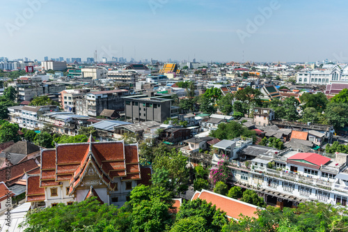 Fotografia  Aerial view of the city from Buddhist temple. Bangkok.