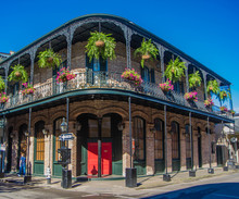 French Quarter Architecture In...