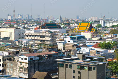 Foto  View of Bangkok from the top of the Temple of the Golden Mountain (Wat Saket)