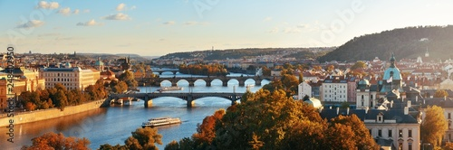 Canvas-taulu Prague skyline and bridge
