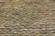 Mediterranes Flair: Alte verwitterte Dachziegeln aus Ton