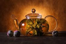 Green Chinese Tea Flower Bud B...
